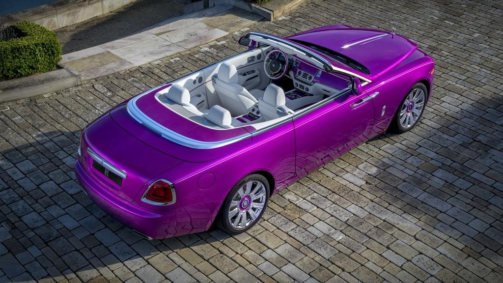 P90274438 Highres Rolls Royce Dawn In