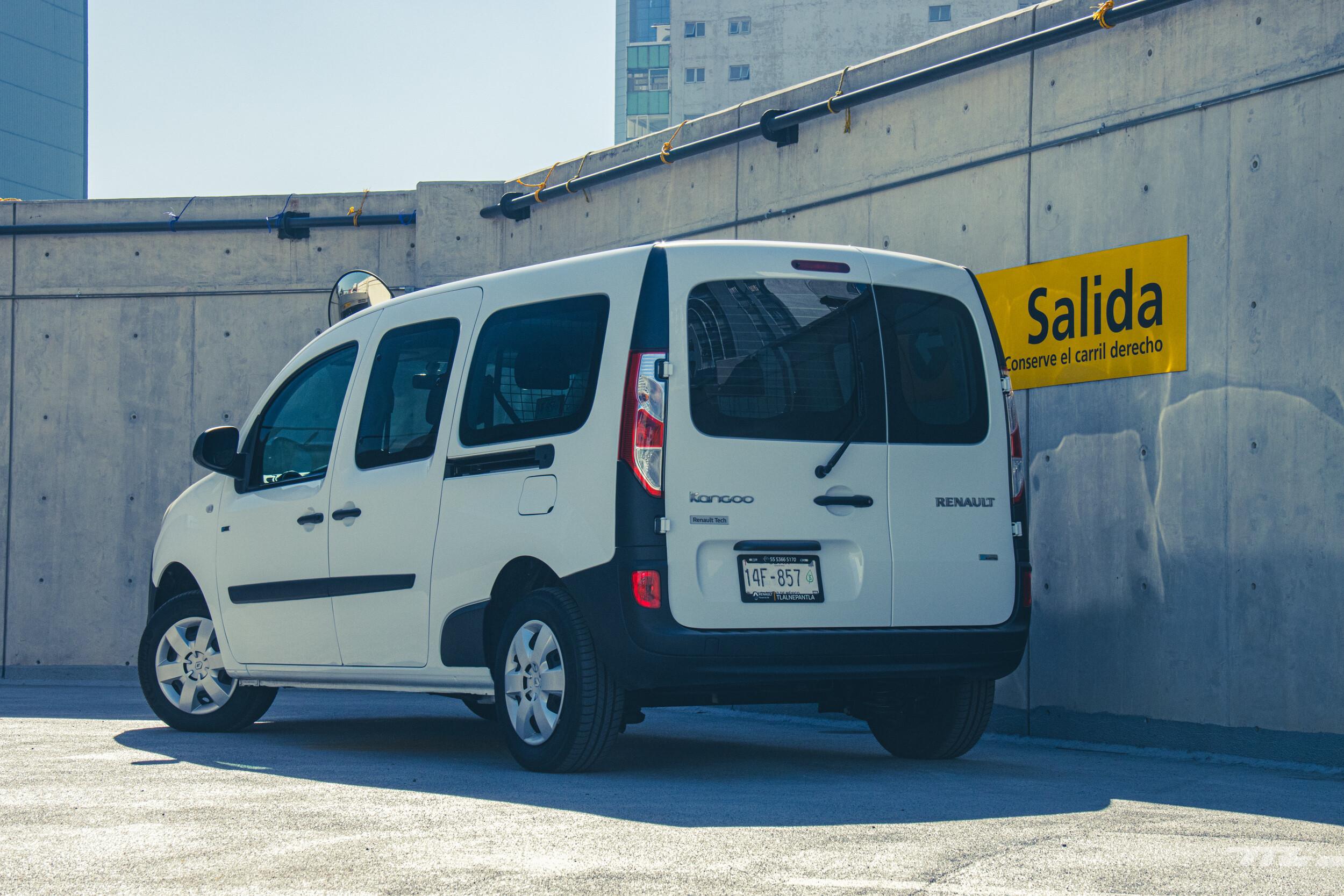 Foto de Renault Kango Z.E. Maxi 5 pasajeros (17/29)