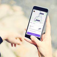 Cabify ya permite pedir taxis en Santander a través de su app, mientras que el gremio se desmarca