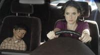 Winona Ryder tiene sexo con un muñeco en 'The Ten'