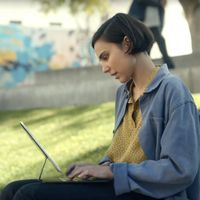 Apple presenta dos anuncios para el nuevo iPad Pro (2020)