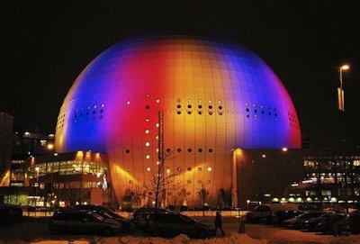 """El centro del Sistema Solar esta en el """"Globen"""" de Estocolmo"""