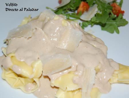 Tortellini de trufa con salsa de foie y queso