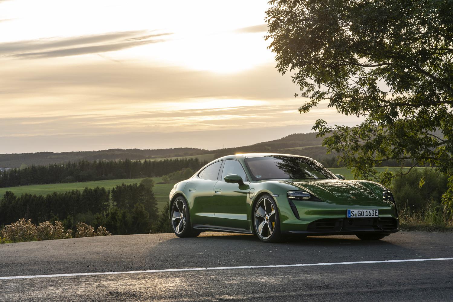 Foto de Porsche Taycan prueba contacto (222/275)
