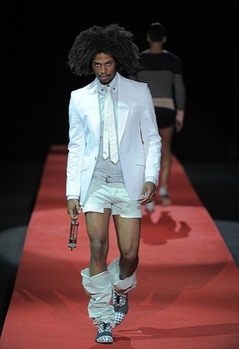 Vivienne Westwood, Primavera-Verano 2010 en la Semana de la Moda de Milán III