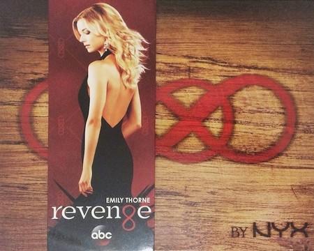 La serie Revenge ya tiene su propia paleta de sombras de ojos
