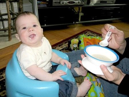 bebe_cereales.jpg