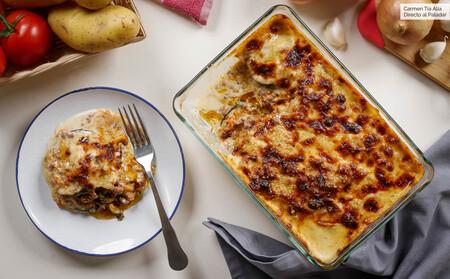 Siete secretos para conseguir una musaka griega ligera y deliciosa, receta con vídeo incluido