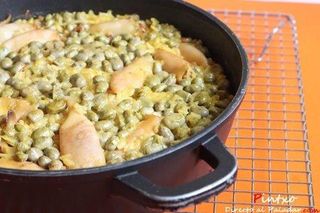 Receta de arroz al horno con habitas y chipirones