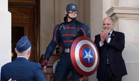 Disney afirma que 'Falcon y el Soldado de Invierno' logró el mejor estreno de una serie en su plataforma y el nuevo Capitán América sabe que será odiado