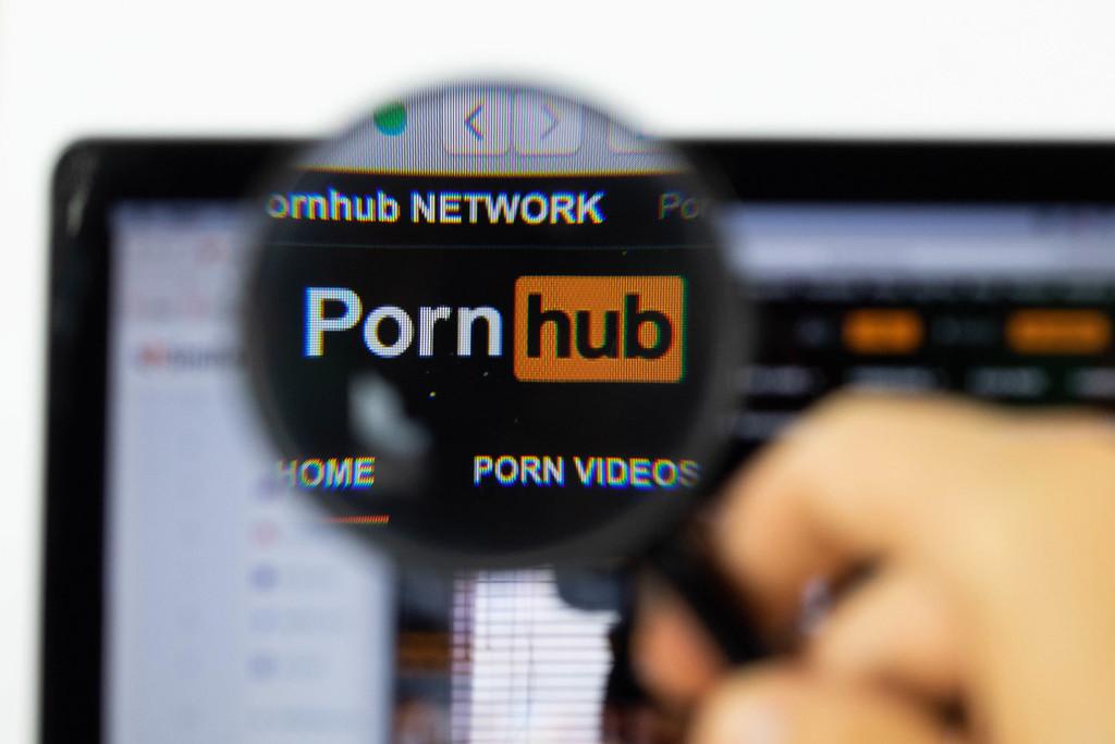 Pornhub ahora tiene una versión para Tor en la que ver porno de forma verdaderamente privada y anónima
