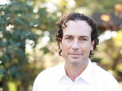 Apple contrata a Michael Abbott, un ex ingeniero de Twitter experto en inteligencia artificial