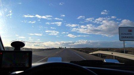 La DGT estudia reducir la velocidad máxima de secundarias de 100 a 90 km/h