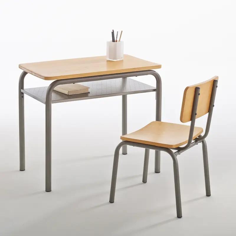 Escritorio y silla colegial vintage Buton