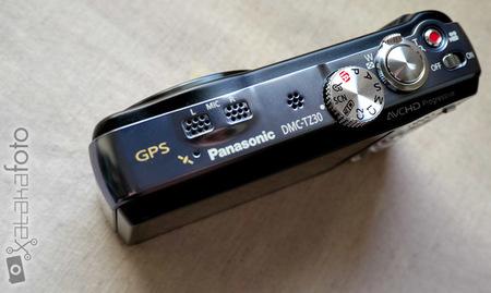 Lumix TZ30 detalle GPS y micrófono