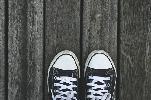 Las mejores ofertas de zapatillas hoy: Fila, Nike y Converse más baratas