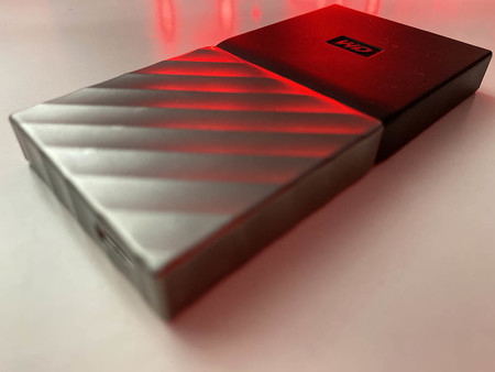 Siete discos duros SSD compactos con los que acompañar a tu televisor para reproducir contenido multimedia