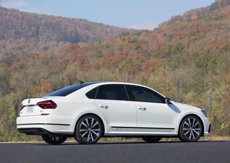 Volkswagen Passat Gt Concept 2016 1024 05
