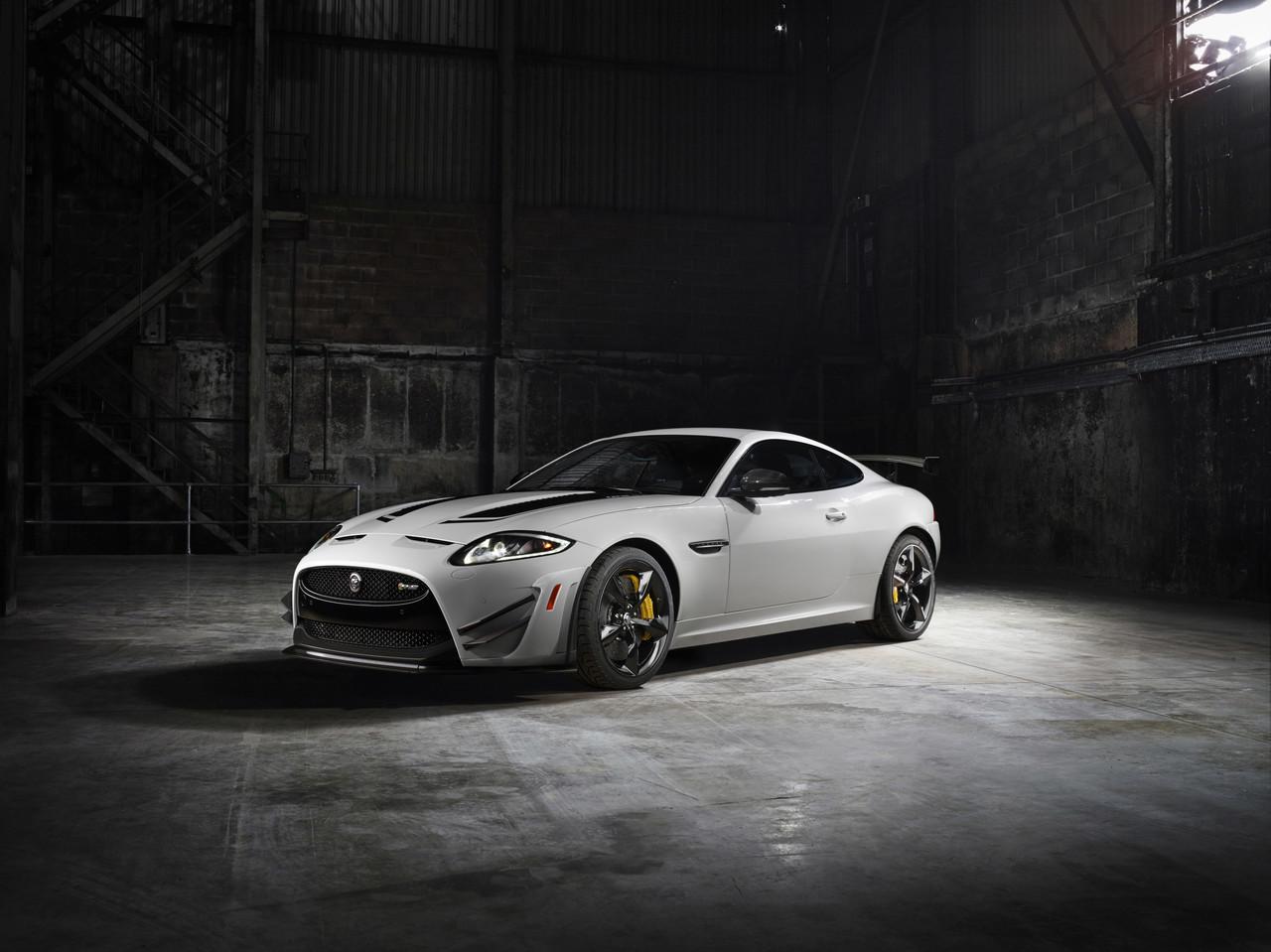Foto de Jaguar XKR-S GT (20/20)