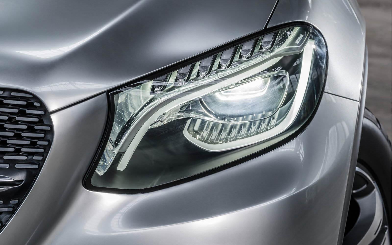Foto de Mercedes-Benz Coupé SUV Concept (24/30)