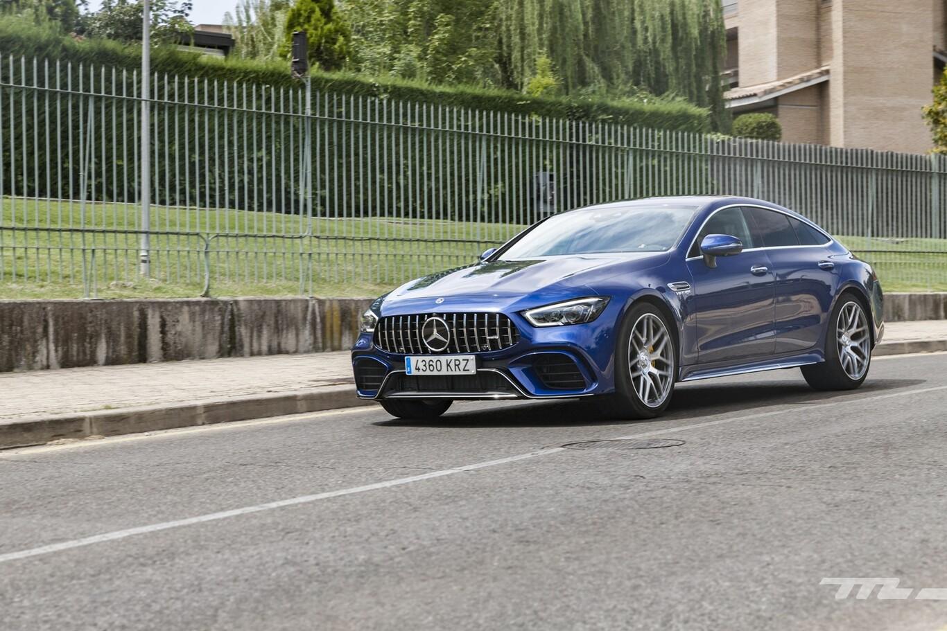 Mercedes-AMG GT Coupé | Dealer On Fire