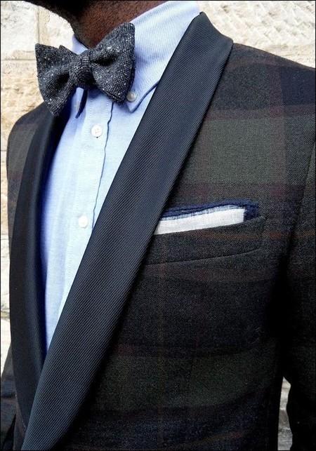 Con traje... ¿Camisa con o sin botones en el cuello? La respuesta es más sencilla de lo que parece