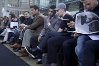 David Gandy da una lección de estilo en el desfile de Topman Design de la Semana de la Moda de Londres