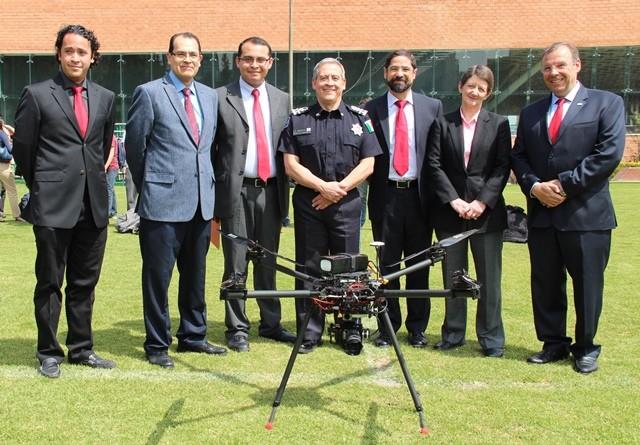 Estudiantes de la Universidad Iberoamericana crean dron que puede volar hasta por 40 minutos