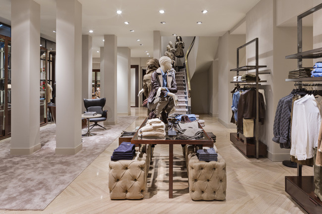 massimo dutti inaugura en serrano su macrotienda m s grande en espa a. Black Bedroom Furniture Sets. Home Design Ideas