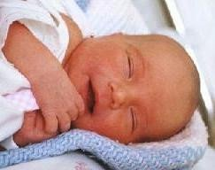 Pendientes para la recién nacida