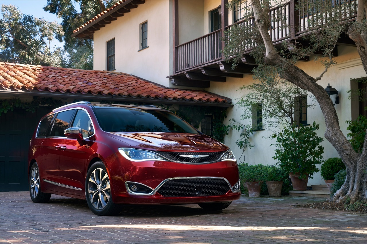 Foto de Chrysler Pacifica 2017 (1/27)