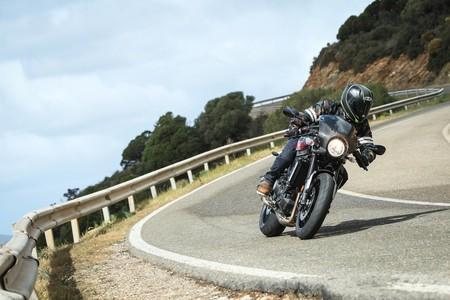 Yamaha Xsr900 Abarth 2017 014