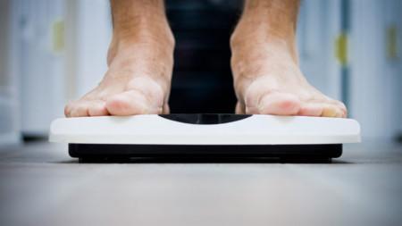 El peso del padre afecta el riesgo de obesidad del hijo