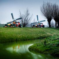 ¡Conocer Holanda en un Fórmula 1! El peculiar paseo turístico que ha organizado Red Bull con Max Verstappen