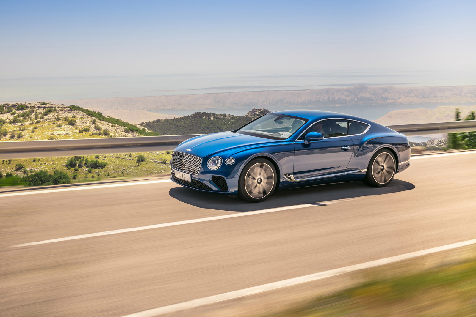 Foto de Bentley Continental GT 2018 (3/36)