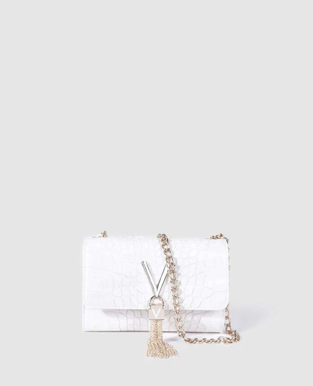 Bandolera pequeña de mujer Valentino en blanco con solapa y efecto coco