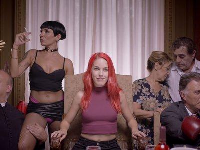 Por qué el video de Amarna Miller es puro cherry picking para hacerte creer que España es un país que no es