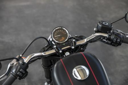 Harley Davidson Sportster Roadster 8