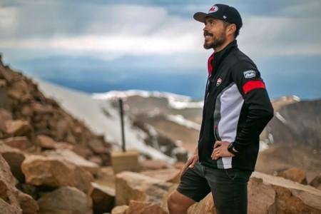Ducati rinde homenaje a Carlin Dunne tras su muerte con cinco vídeos sobre su última carrera en Pikes Peak