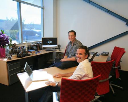 Franz Von Holzhausen y Elon Musk