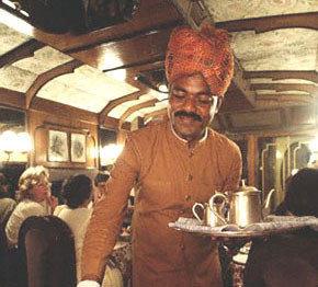 camarero indio.jpg