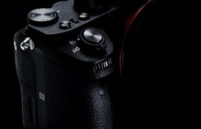 Sony aprovechó la presentación de la A7 II para reafirmar su apuesta por las sin espejo