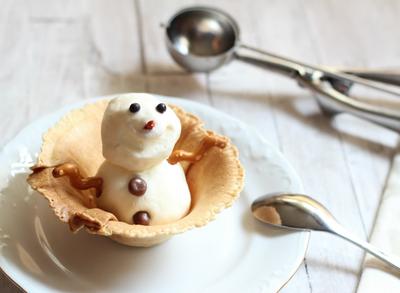 Recetas de Navidad para hacer con niños: Muñeco de nieve helado