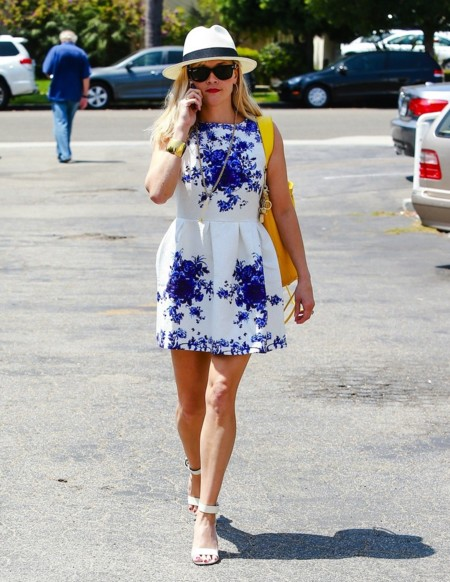 reese witherspoon vestido verano