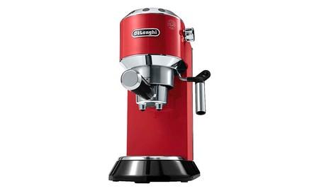 DeLonghi EC680R, la cafetera espresso que necesitabas, por 159 euros en Mediamarkt sólo esta mañana