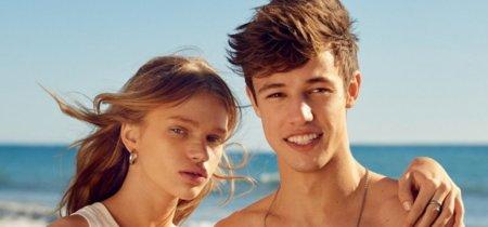 Un guapo y sonriente Cameron Dallas protagoniza la campaña de Calvin Klein Jeans para el verano 2016