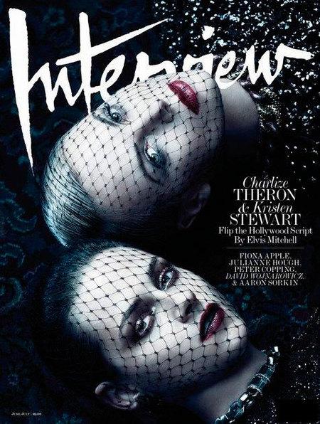 Kristen Stewart y Charlize Theron en Interview, ¿quién es la buena y quién la mala?