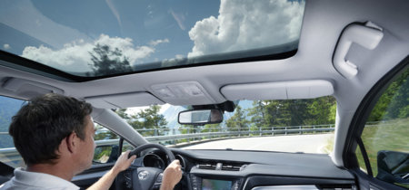 Puede que tengas una mala postura al conducir y no lo sepas. Así afecta a tu seguridad