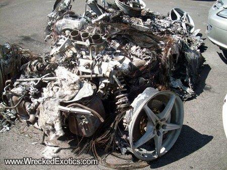Ferrari 458 Italia ardiendo
