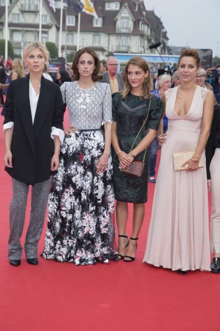 Ceremonia apertura American Film Festival de Deauville 2014. Clémence Poésy, Anne Berest, Lola Bessis y Audrey Dana, miembros del jurado revelación de Cartier.
